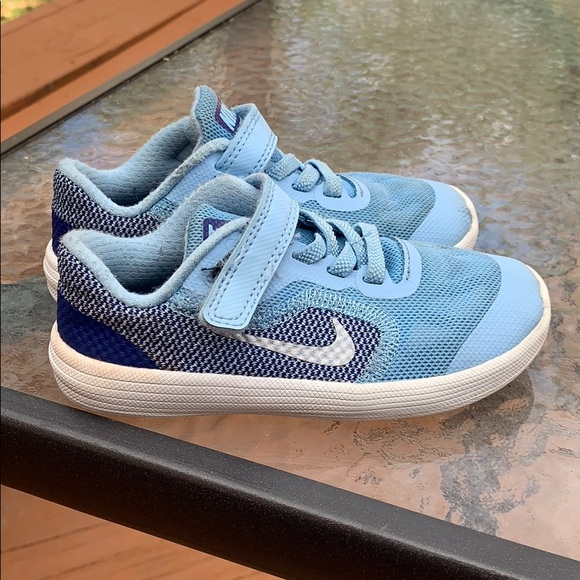 billigt pris officiella bilder Bra Nike Shoes | Low Price Girls Baby Blue Sneaker Size 9c | Poshmark